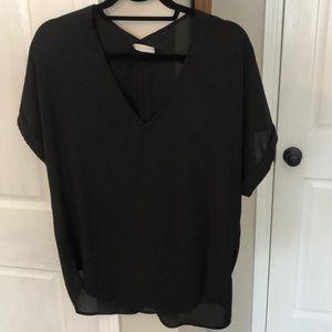 Black wavy top
